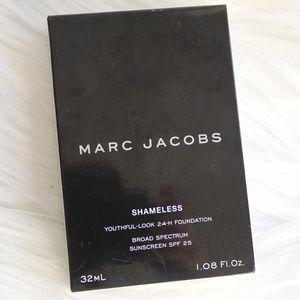 Marc Jacobs Shameless Foundation (Tan)